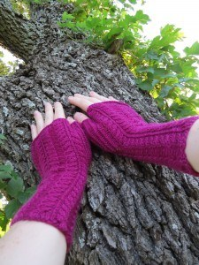 Purpley Red Mitts 3